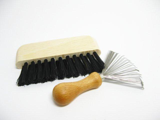 Reinigungsset für Haarpflegebürsten